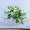 白とグリーンのモノトーンで楽しむお花