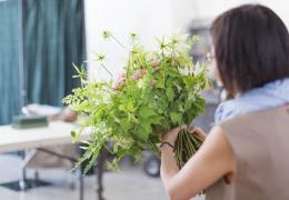 10月29日(日) 花が開き、輝くあなたをパリスタイルのフラワーアレンジメントと一緒に撮ります