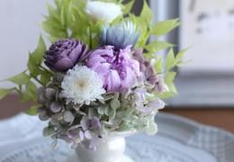 7月29日(月)プリザーブドフラワーで作る仏花のレッスンを開催します。